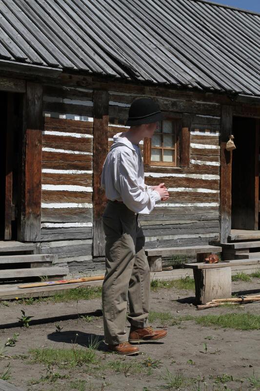 """Animation sur les """"Voyageurs"""" et la traite - Heritage Park Calgary"""